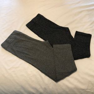 🔥 Two Pairs of Cropped Leggings (M) 🔥